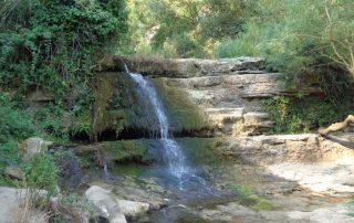 caminhada aldeia mata pequena cheleiros cascatas ancos caminhando-19