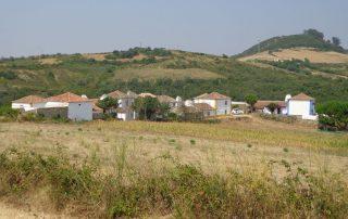 caminhada aldeia mata pequena cheleiros cascatas ancos caminhando-23