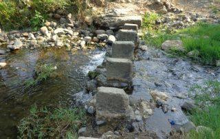 caminhada aldeia mata pequena cheleiros cascatas ancos caminhando-8