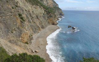 caminhada praia ribeiro do cavalo mijona arrabida sesimbra caminhando-25