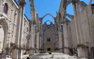 visita museu arqueologico ruinas do carmo caminhando-30
