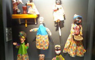 visita museu marioneta caminhando-15