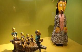 visita museu marioneta caminhando-18