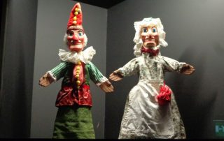 visita museu marioneta caminhando-6