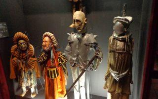 visita museu marioneta caminhando-7