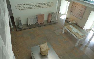 visita teatro romano museu de lisboa alfama caminhando-26