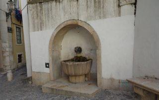 visita teatro romano museu de lisboa alfama caminhando-8