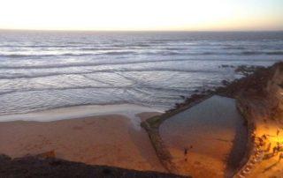 caminhada por do sol azenhas do mar caminhando-1