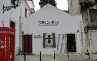 visita torre da igreja bairro sta cruz lisboa caminhando-11