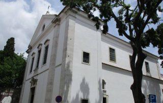 visita torre da igreja bairro sta cruz lisboa caminhando-9