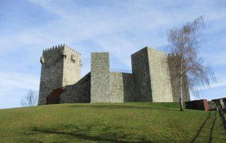 caminhada castelo de montalegre caminhando