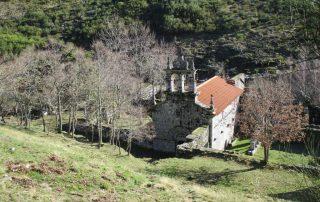 caminhada pitoes das junias geres mosteiro de santa maria das junias caminhando